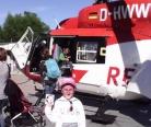 Шахла катается на вертолете в клинике