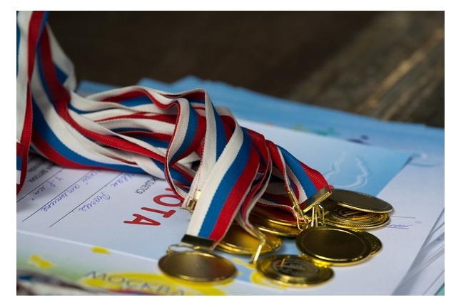Игр победителей - 2012. Первые медали