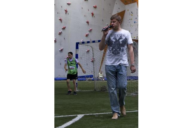 Дмитрий Губерниев комментирует соревнования по мини-футболу