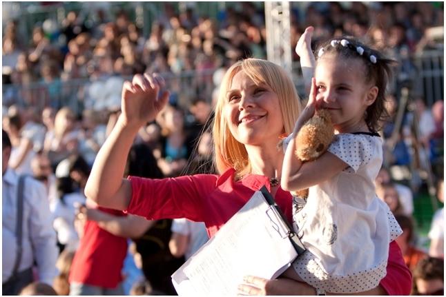 Дина Корзун и Соня Пятница перед началом концерта