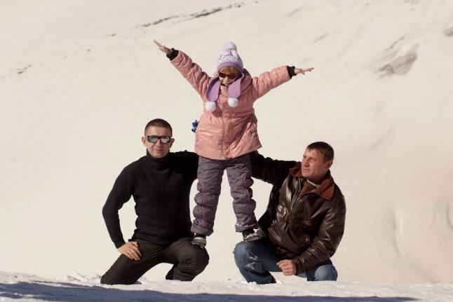 Владислав Пьянзин, Соня Бухало и Андрей Балабаев на Эльбрусе