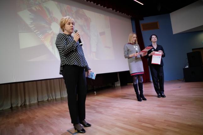 Мария Веденяпина, Дина Корзун и Чулпан Хаматова на церемонии открытия