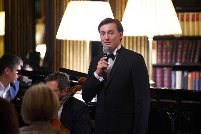Сергей Безруков на благотворительном вечере