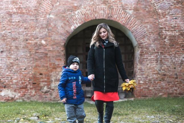 Прогулка у стен Кремля Великого Новгорода