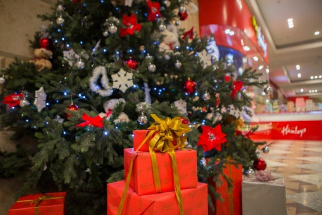 «Добрая елка» ждет ваших подарков!