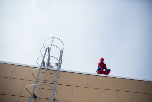 Человек-паук в ожидании полудня