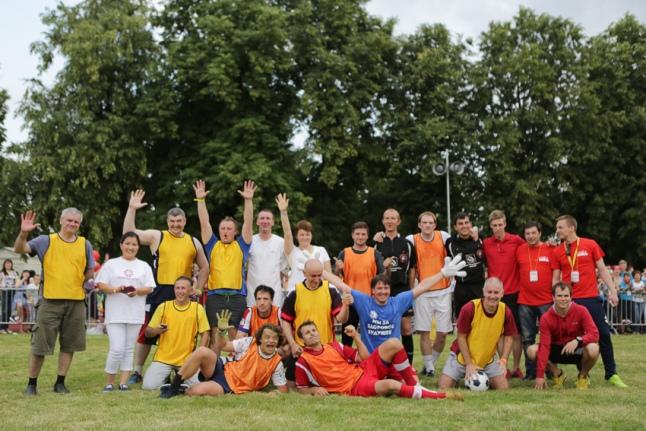 Футбол - команды