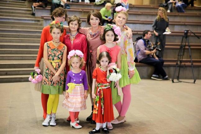 Наши бывшие подопечные-участницы показа мод с Чулпан Хаматовой