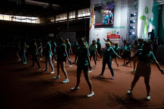 Этот танец вожатые и волонтеры подготовили специально к церемонии