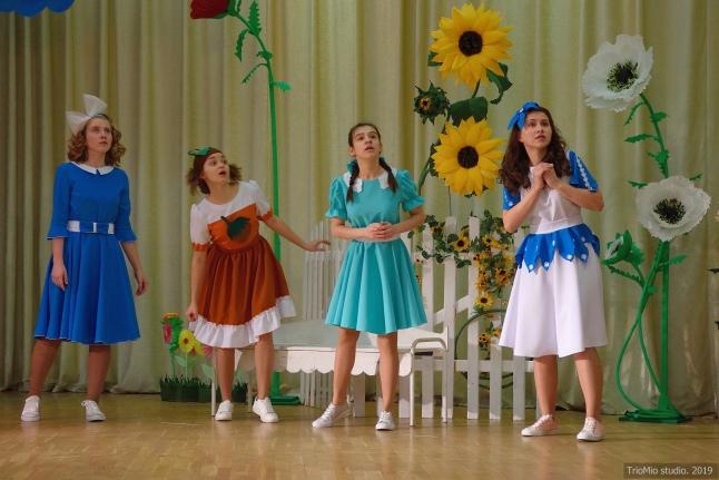 Юные актеры много репетировали перед премьерой