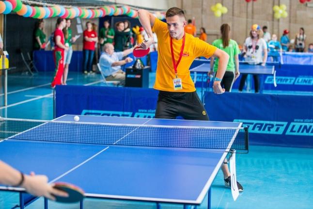 1-й день Игр: настольный теннис