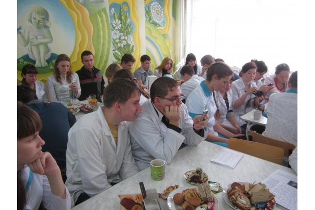 Безумное чаепитие Барнаульского базового медицинского колледжа