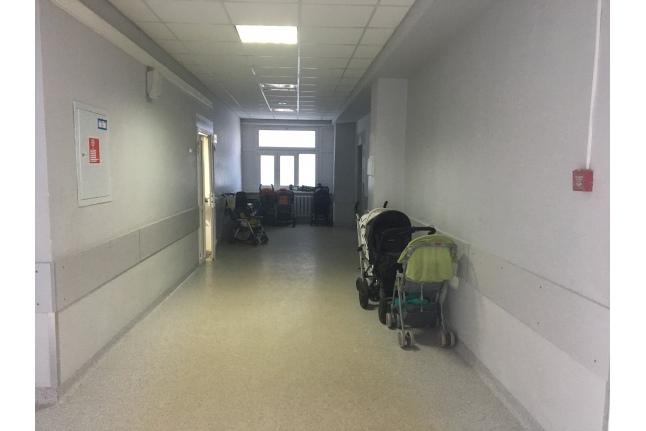 А вот так выглядел коридор до преображения