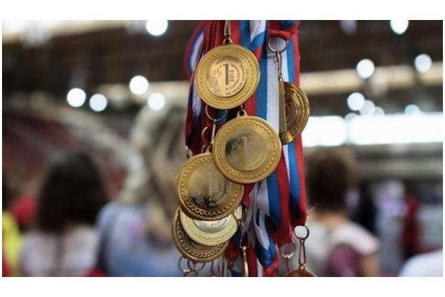 Золотые медали Х Игр побидителей ждут своих обладателей