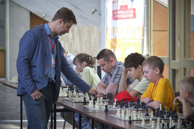 Шахматы - сеанс одновременной игры