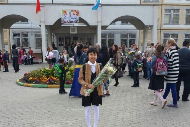В школу пошла Лия Пак