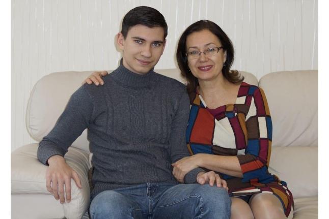 Клим Сидоров с мамой