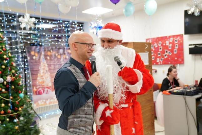 Митя Хрусталев и его напарник Дедушка Мороз