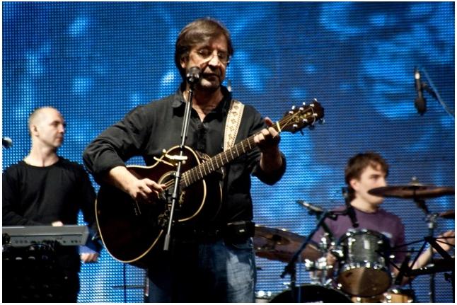 """Юрий Шевчук на концерте """"Спасибо!"""", 1 июня 2011"""