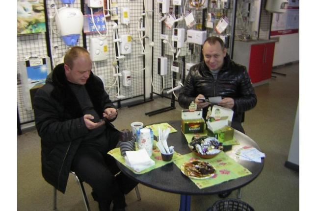 Безумные чаепития в магазинах компании Thermex