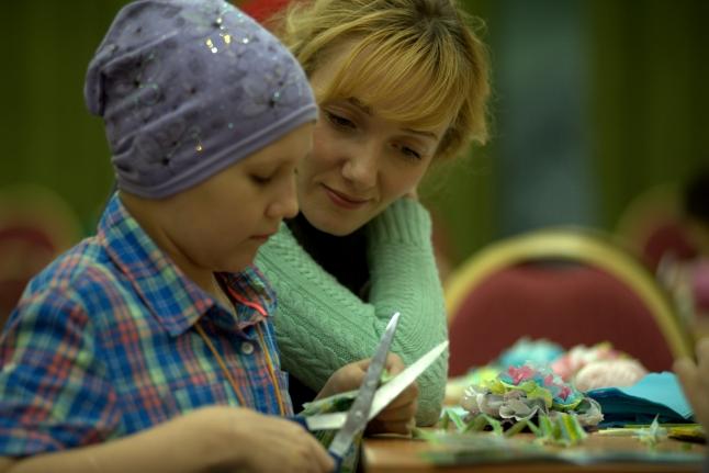 Варвара Шиндарова и волонтёр