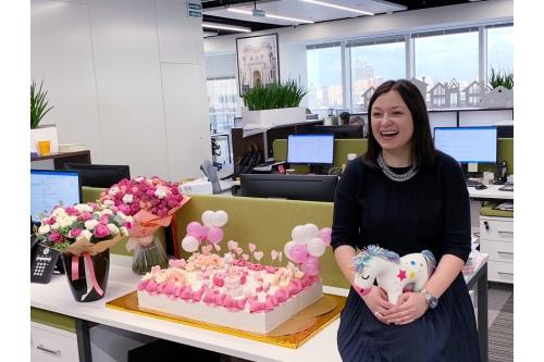 В этом году Женя отказалась от цветов и подарков на свой день рождения