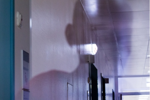 Автопортрет на фоне больничного коридора. Фотомарафон-2014