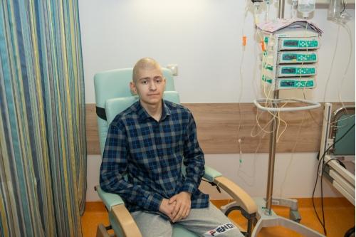 Раньше Дима думал, что от рака вылечиться нельзя, но сейчас он уверен, что его болезнь излечима