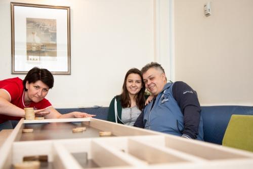 Семья Баклановых играет в Джакколо