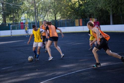 Футбольные страсти на поле