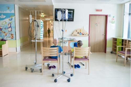 К сожалению, в ближайшем времени такая картина будет во всех отделениях: дети остались без посещений волонтеров