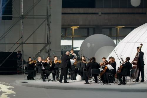 Оркестр, все по-настоящему