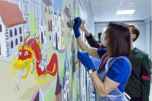 Художники и волонтеры работали вечерами после работы или в выходные