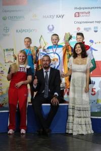 Яна Носкова, Марат Сафин и Екатерина Климова на церемонии награждения