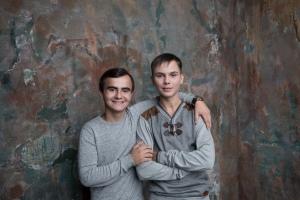 Два Сережи: Сережа Сергеев и Сережа Святкин на съемках