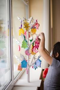 Новогоднее настроение в больнице создается благодаря волонтерам