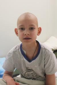 Ян спокойно отреагировал на выпадение волос. Так же спокойно он проходит через химиотерапию